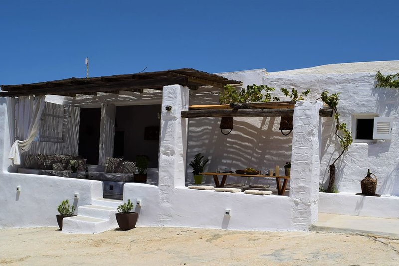 Countryside Cottage Apartment in Paros, location de vacances à Pounta