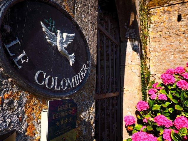CHATEAU LE COLOMBIER  ' LE PETIT COLOMBIER ', holiday rental in Carentan