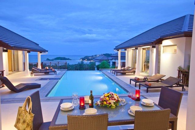 Horizon Villa-5BR Private Pool Sea View, alquiler vacacional en Plai Laem