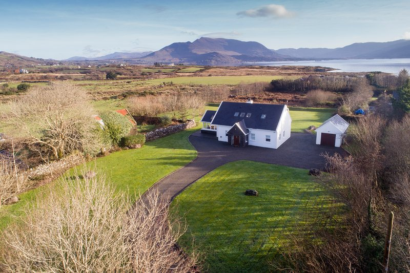 Waterville Wifi Luxury Selfcatering Holiday Home, Ferienwohnung in Ballinskelligs