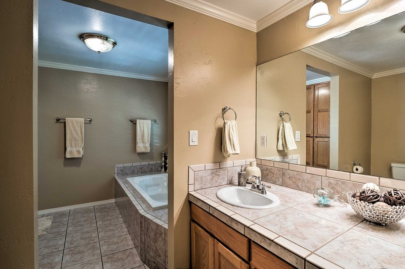 Soak in the large jetted tub!