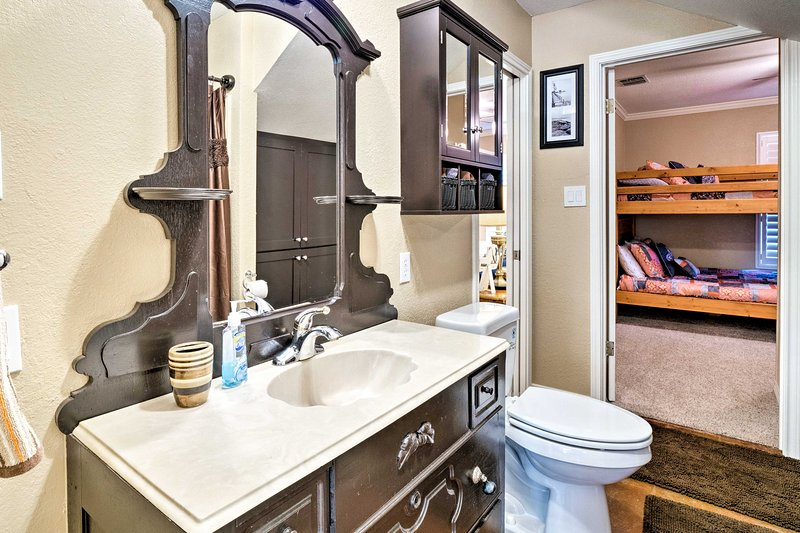 Another en-suite bathroom adds convenience to your stay.