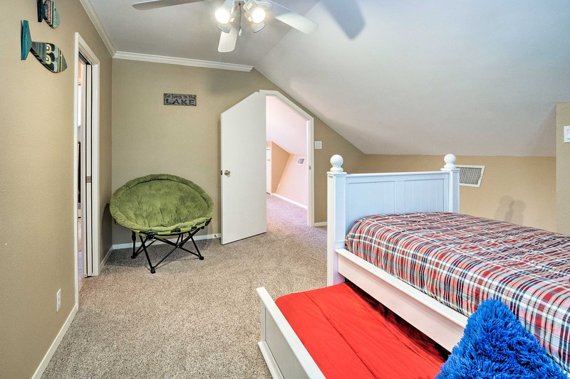Kids will sleep peacefully sharing this room.