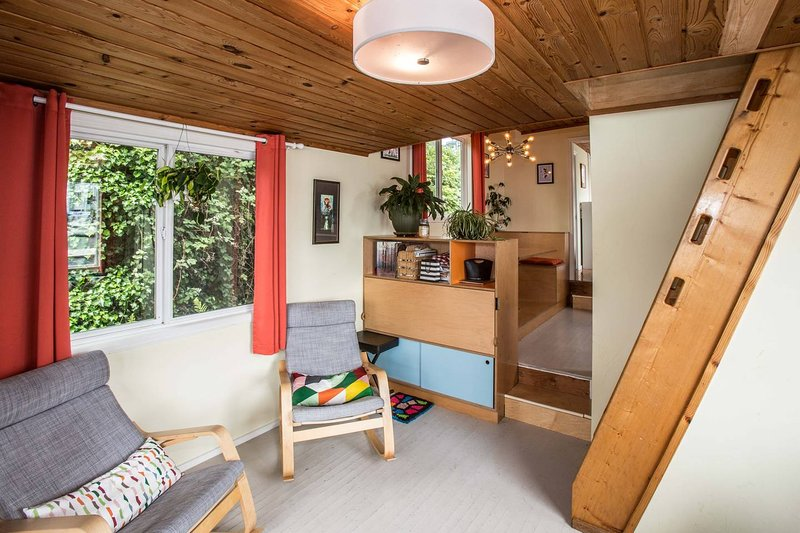 Luxury Houseboat Best Location In Seattle 3 Br Updated