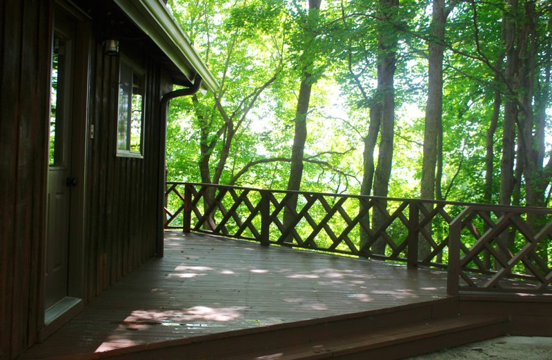 Brushcreek Retreat - Adams County, Ohio Cabin Rental, alquiler de vacaciones en Winchester