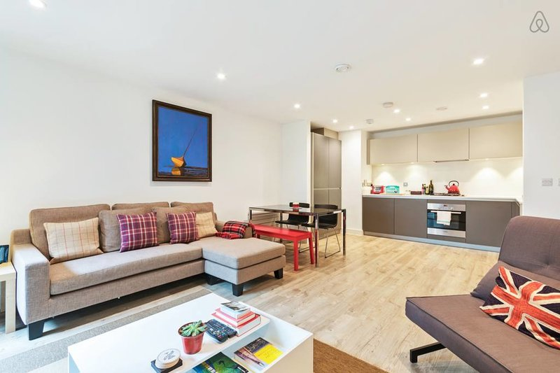Contemporary and bright Open Space