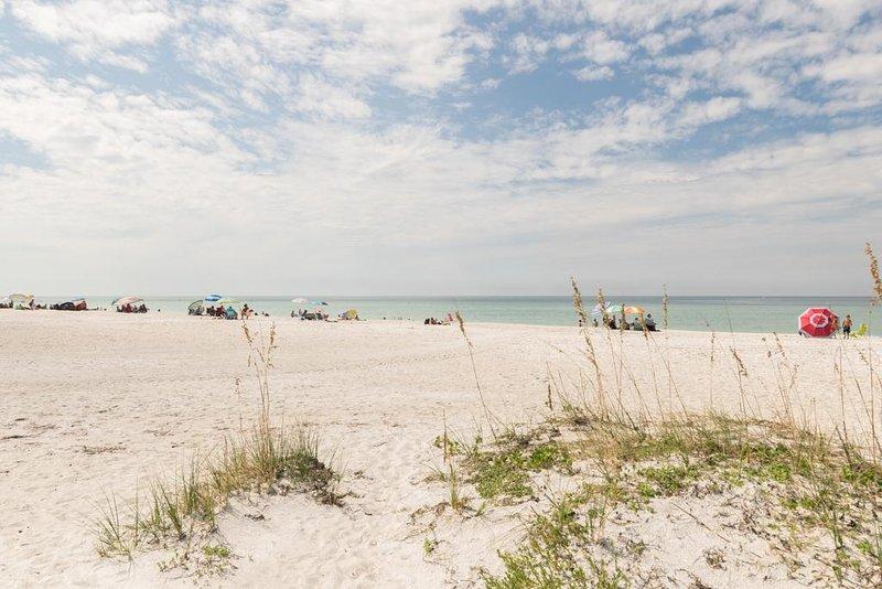 Gulf Sands 201 - Image 1
