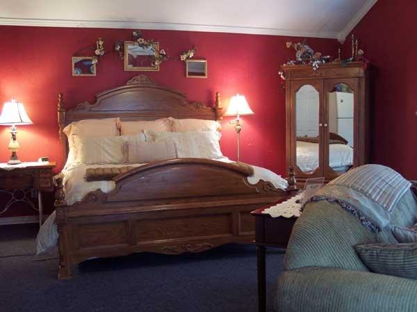 White Rock Creek (Savannah Suite), holiday rental in Ross