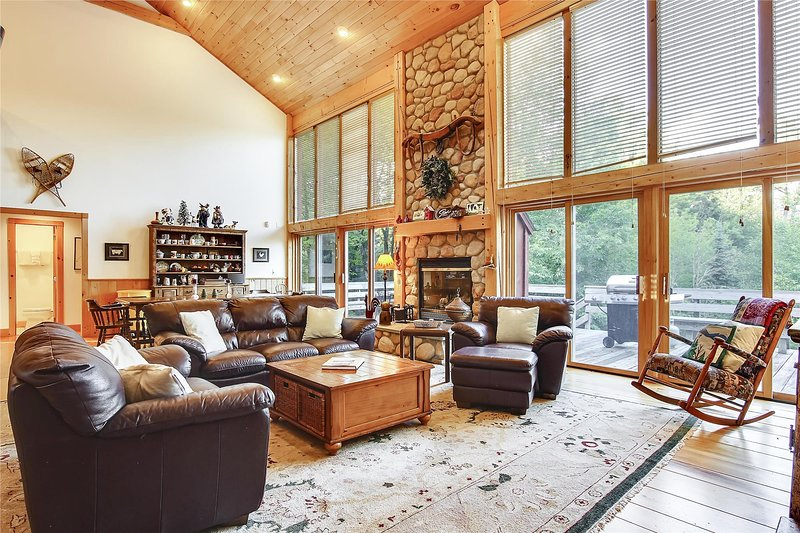 Redwood – semesterbostad i Bolton Valley