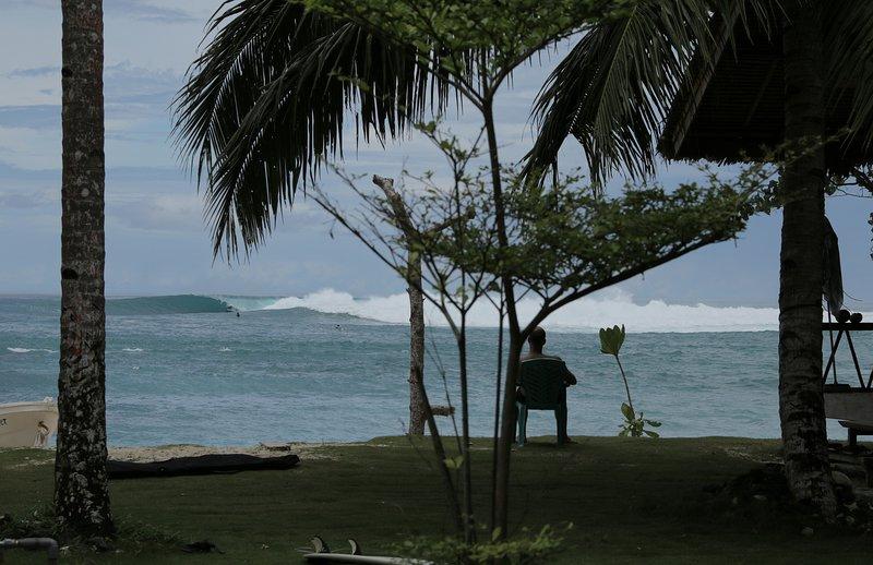 LANCES SURFCAMP KATIET MENTAWAI, holiday rental in Sumatra