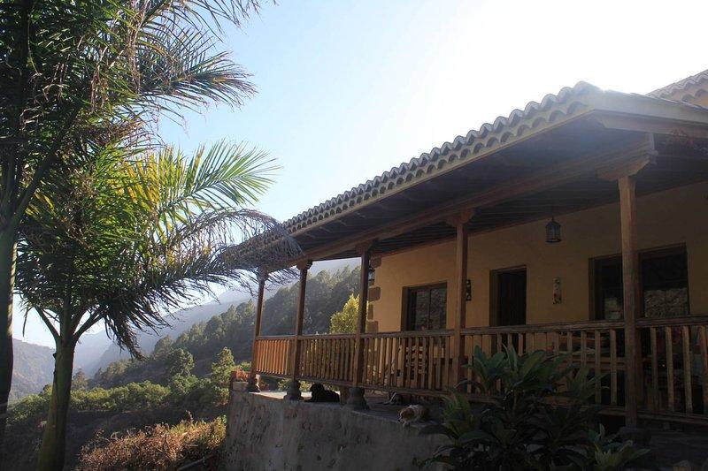 Rivendell Arwen - Cama individual en habitacion compartida, holiday rental in Las Tricias
