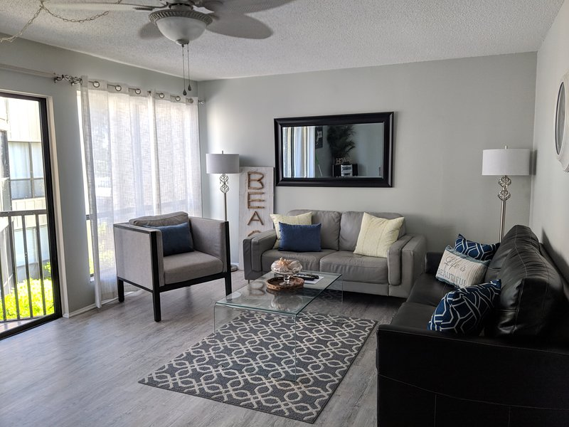 Spacious, modern, comfy, and bright. A great layout for a group of 4+