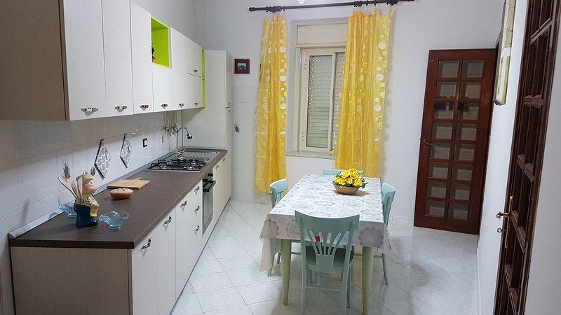 Caccamo Medievale Casa Vacanze, holiday rental in Montemaggiore Belsito