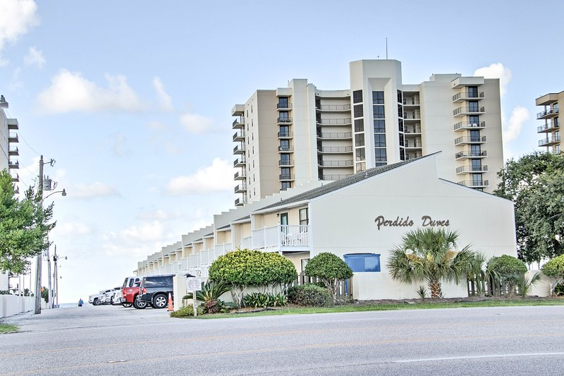 This Perdido Dunes condo is perfect for families.