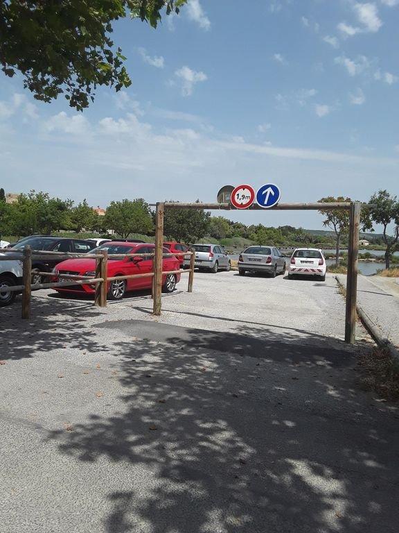 Maison vigneronne 8 couchages proche commerces, étang et plage sauvage, holiday rental in Peyriac-de-Mer