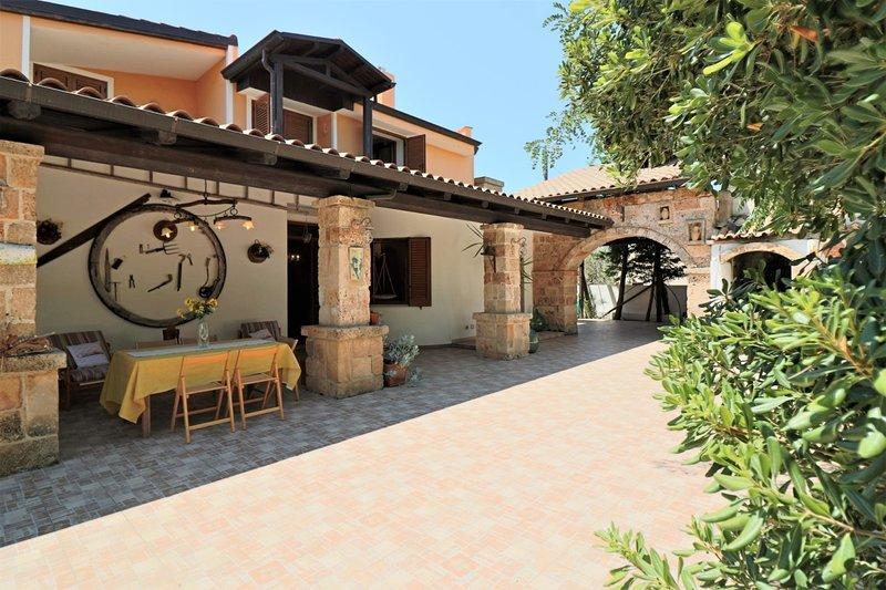 Donna Martina holiday home in Mancaversa in Salento in Puglia, holiday rental in Baia di Gallipoli