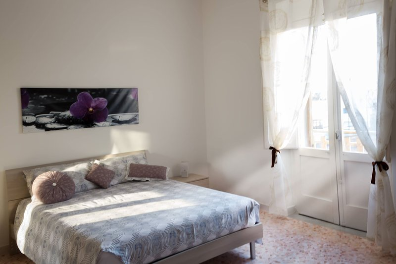 Forte Apartments Suite moderna, holiday rental in Erchie