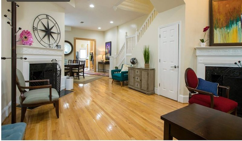 Convention Center/Logan Circle Spacious, Cozy and Convenient., vacation rental in Washington DC