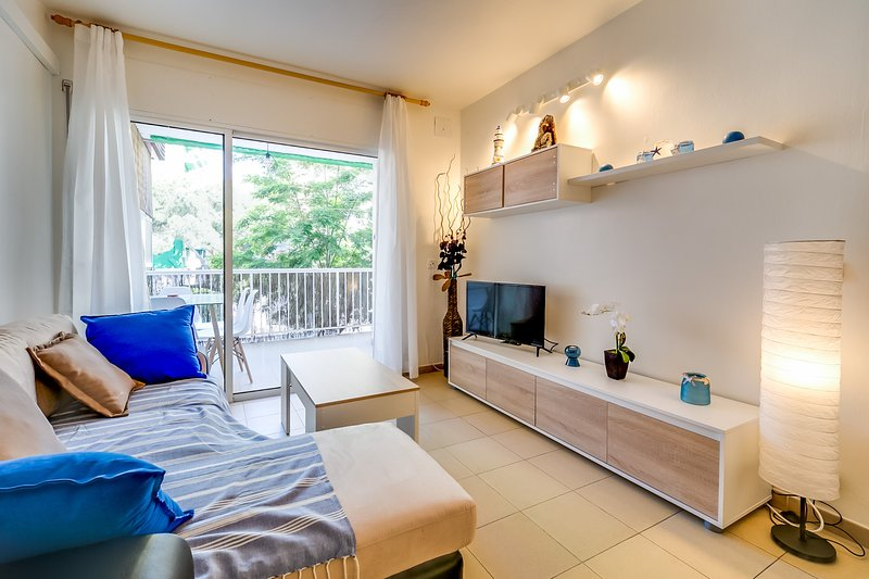 VIVALIDAYS EDURNE, holiday rental in Blanes