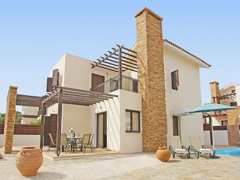 ATHION11, holiday rental in Liopetri