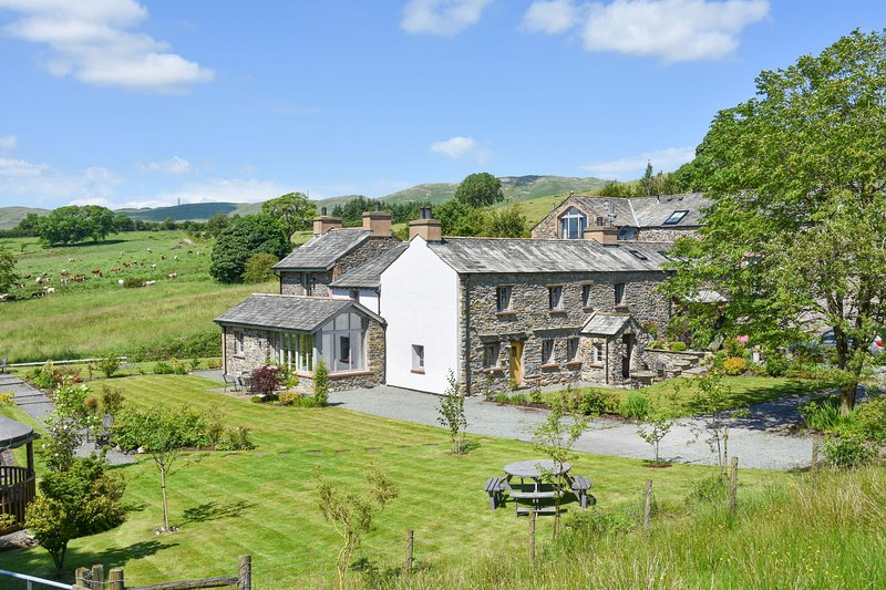 The Hyning Estate  - The Carriage House (Winner Cumbria Tourism 2015) – semesterbostad i Kendal