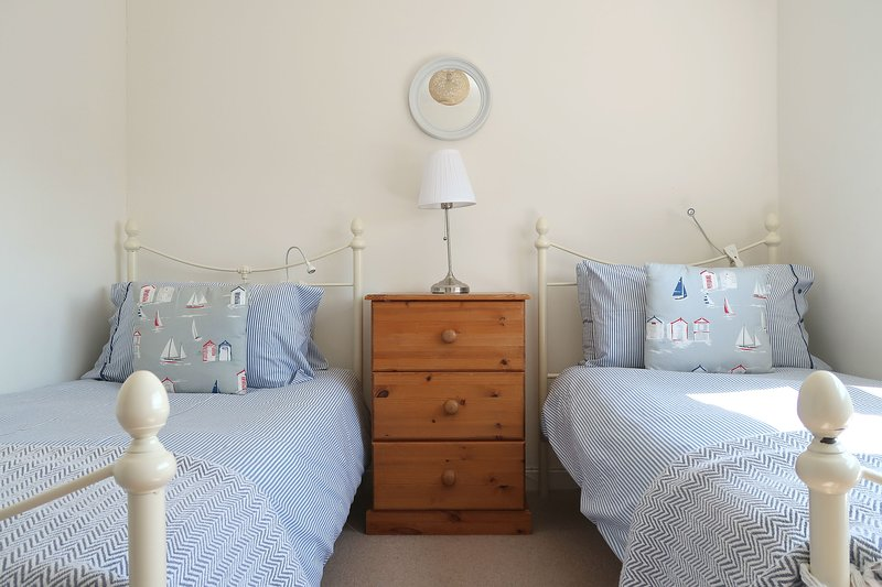 Bamburgh Bolthole, village centre, vacation rental in Bamburgh