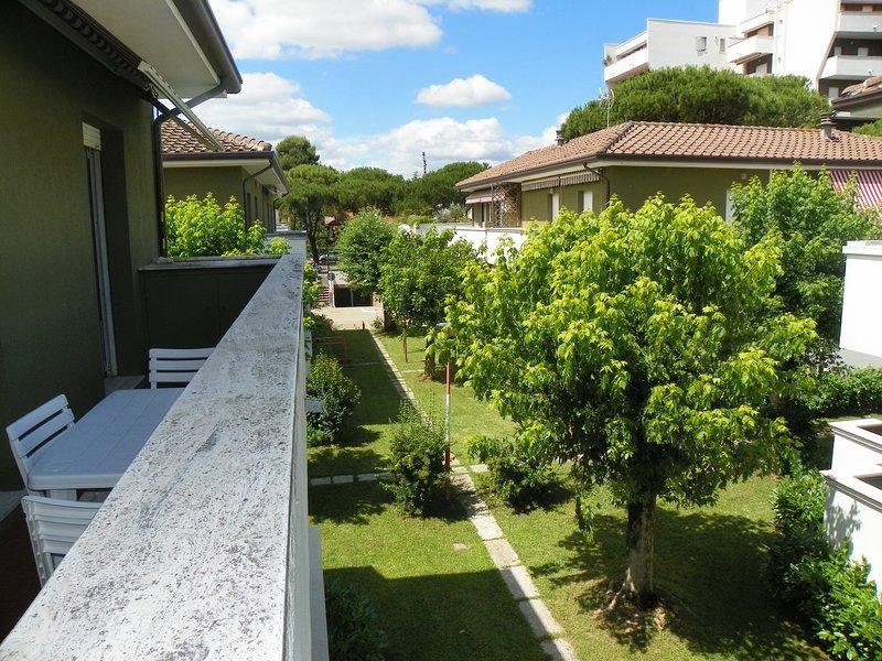 Riccione familyhouse, holiday rental in Passano