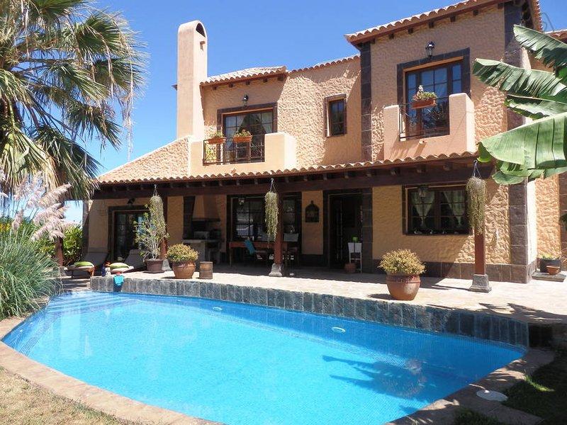 Villa mar y monte bezaubernde Villa mit Pool, alquiler vacacional en El Sauzal