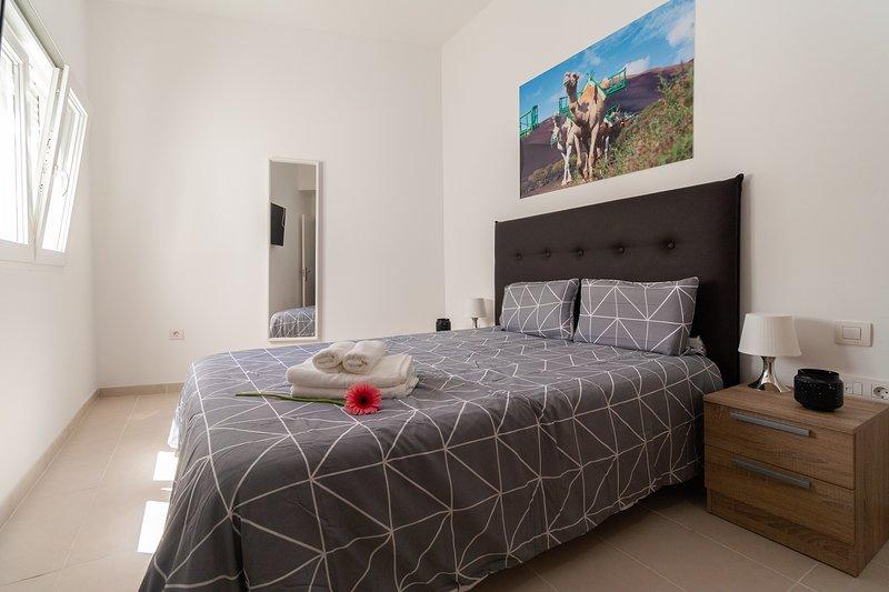 302 Bright and modern apartment in Arrecife, Lanzarote, 6 people, vacation rental in Puerto Naos
