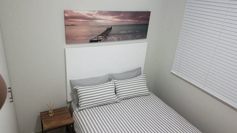 Top Floor 2 Bedroom Apartment - Umhlanga, vacation rental in Umdloti