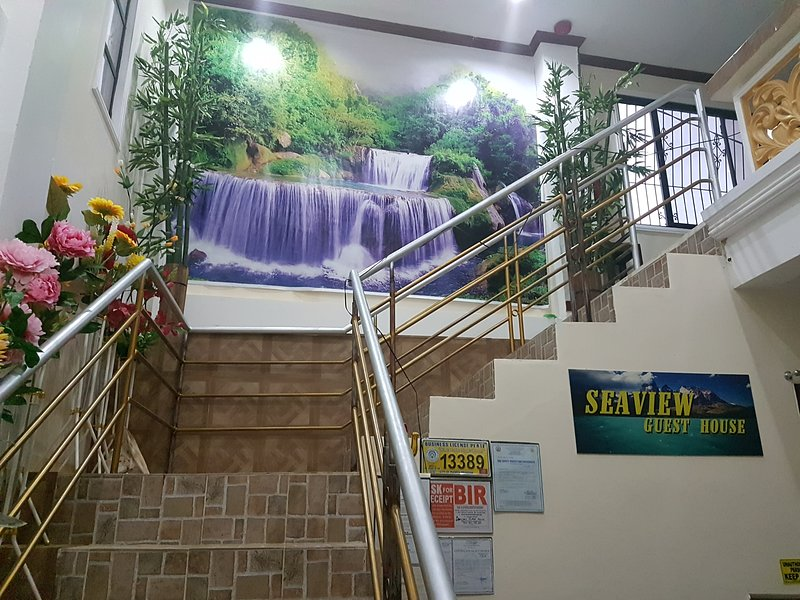 SEAVIEW GUEST HOUSE  located in Puerto Princesa and few distance from Baywalk., holiday rental in Palawan Province