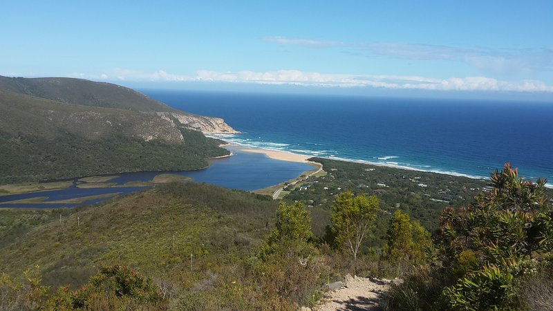 View from the look out point on the Kalander Kloof Trail.