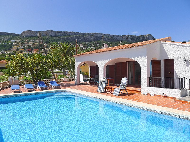 Cecile, holiday rental in Calpe