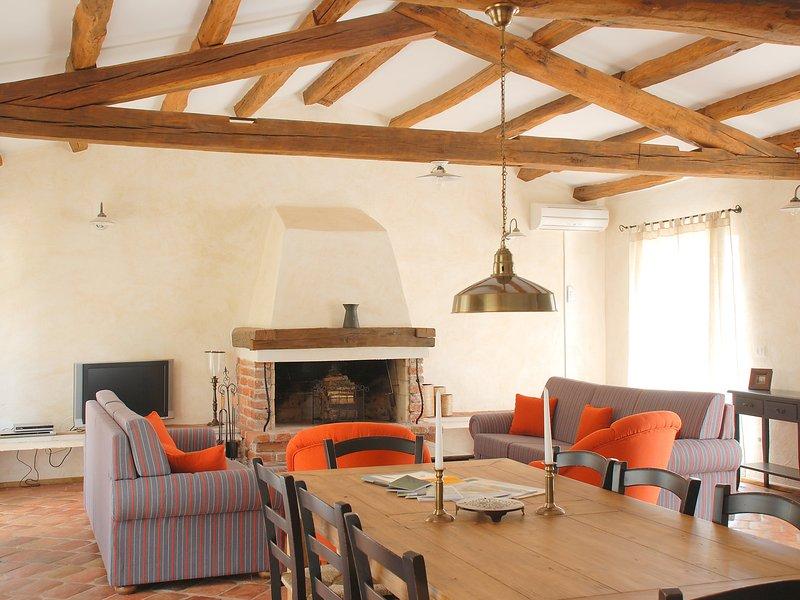 Chondrilla, holiday rental in Mofardini