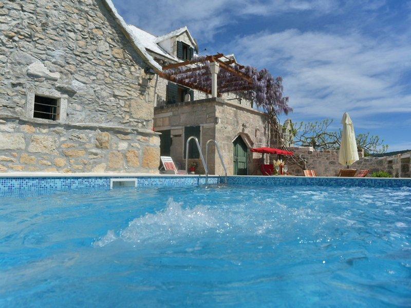 Villa Glicinia, casa vacanza a Donji Humac