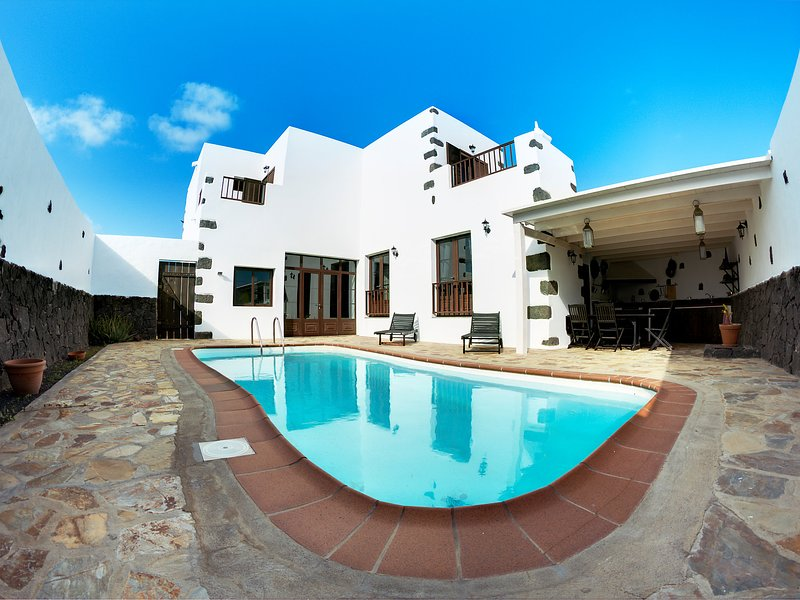 Villa Mareta, holiday rental in Tinajo
