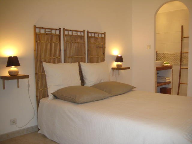 Location de Charme Var, holiday rental in Les Mayons