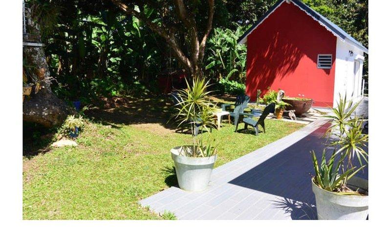 Bungalow Bambou, location de vacances à Petit-Bourg