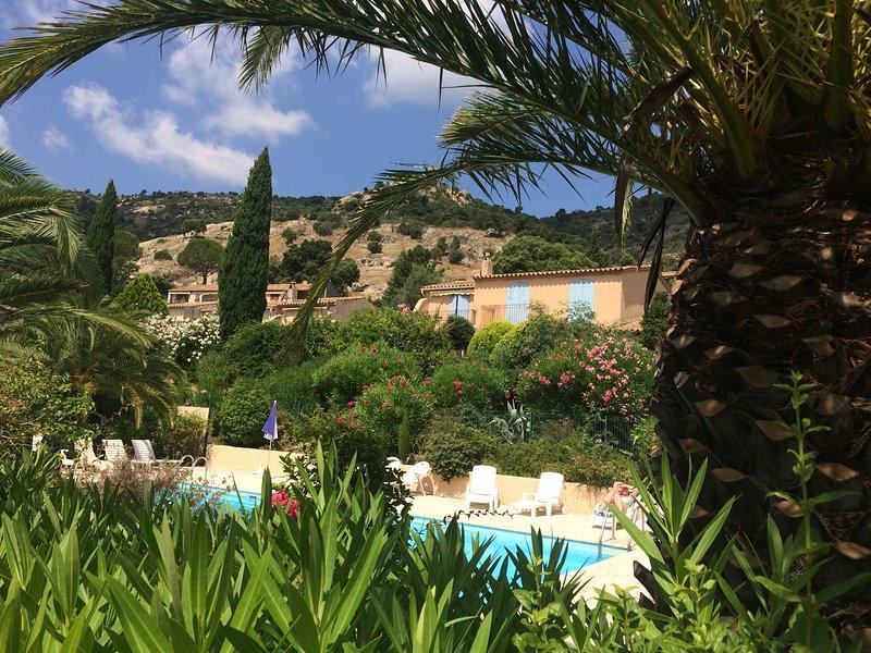 2 pièces climatisé wifi piscine, casa vacanza a Plan de la Tour