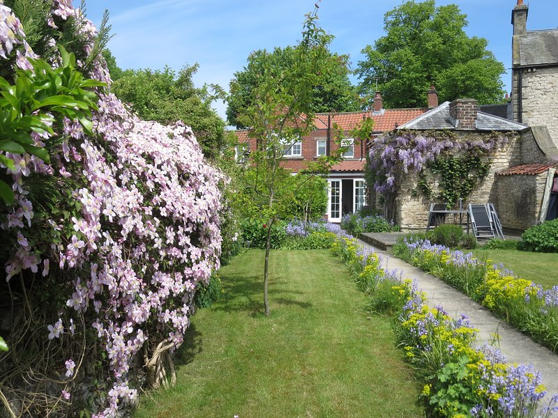 Eden House Holiday Cottage, Pickering, North York Moors, holiday rental in Pickering