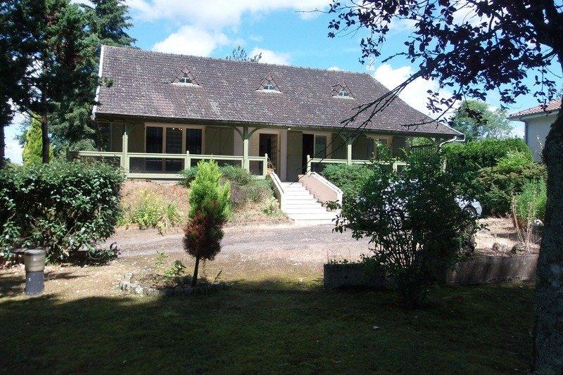Gite Les Coniferes, vacation rental in Saint-Auvent