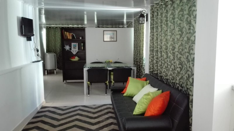 Holiday apartment in Central Albufeira, vacation rental in Albufeira