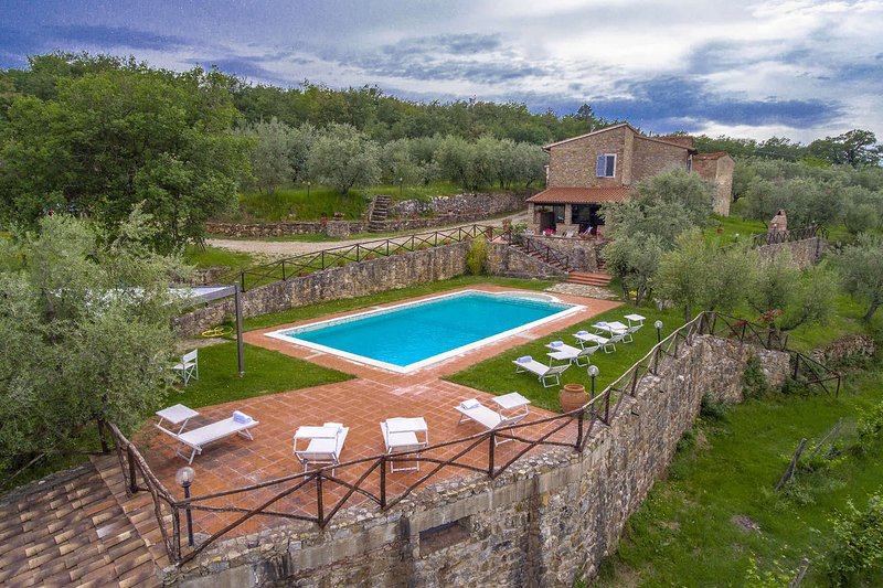 Villa Petra, holiday rental in Mercatale Valdarno