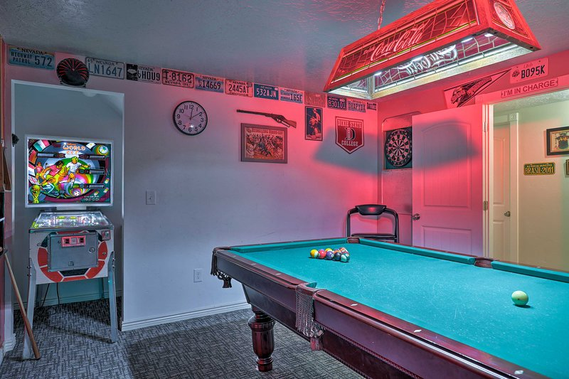 With a game room, beds for 20, and more, this home is endlessly luxurious.