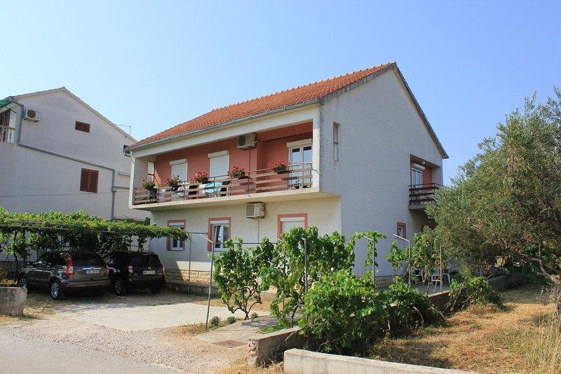 Two bedroom apartment Tkon, Pašman (A-8302-b), holiday rental in Tkon