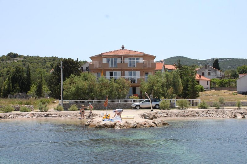 One bedroom apartment Banj, Pašman (A-8206-a), holiday rental in Banj