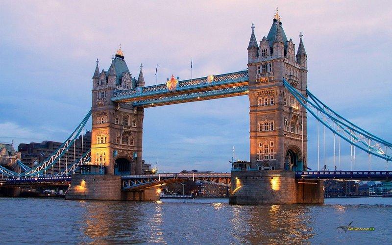 Tower Bridge fica a 15 minutos dos apartamentos