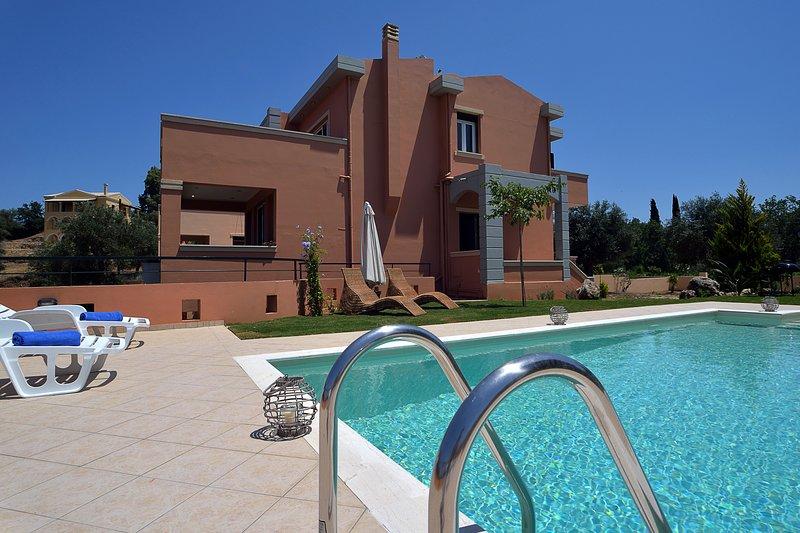 Villa AMARYLLIS, holiday rental in Kastania