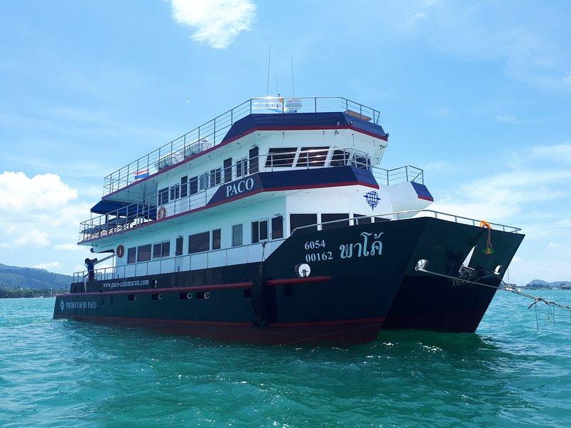 Paco catamaran, holiday rental in Phuket Town