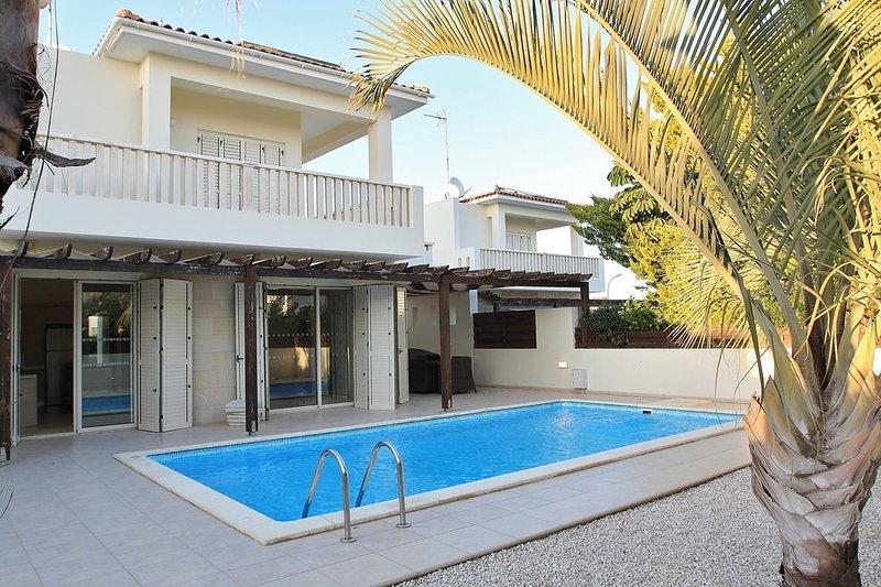 Gorgeus Family Villa at Larnaca Bay Resort, aluguéis de temporada em Dhekelia